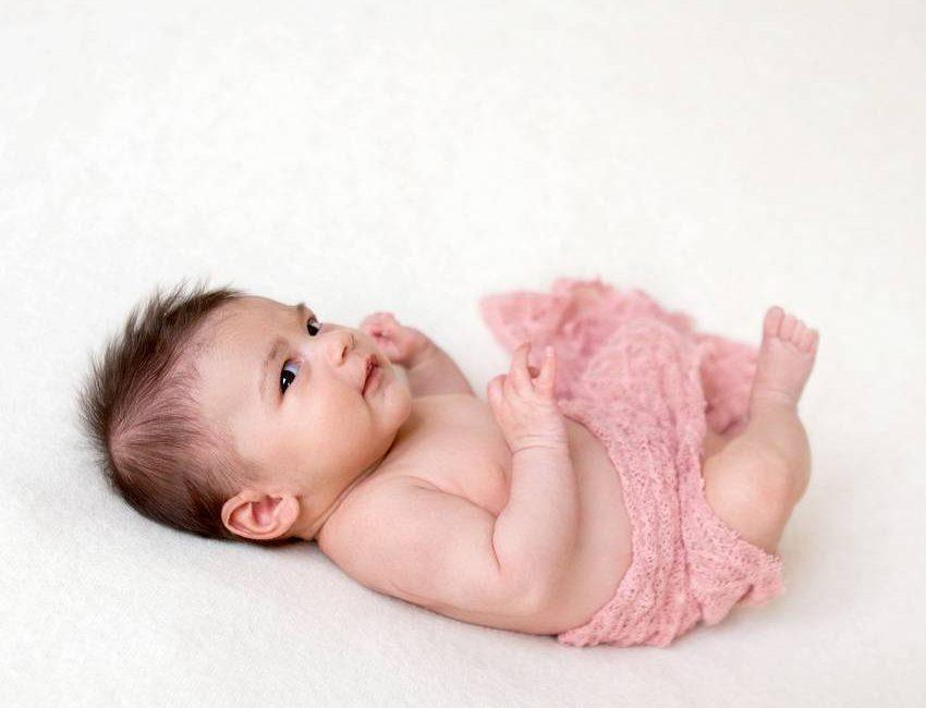photographe nancy en studio bebe jolie coiffure