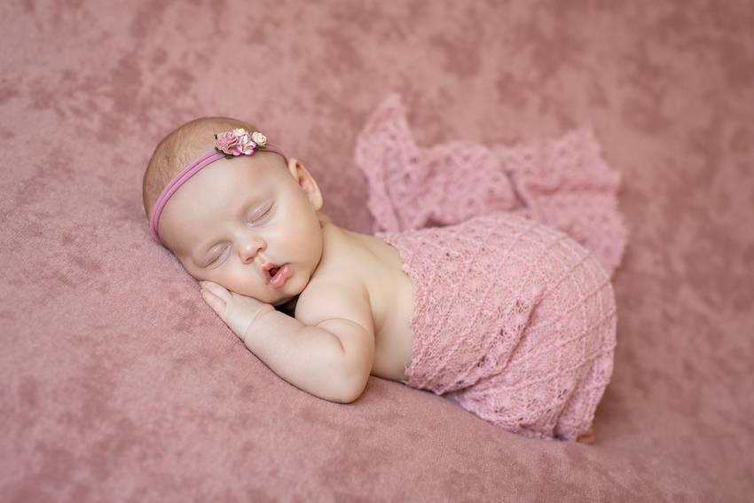 photographe naissance nancy sieste douceur