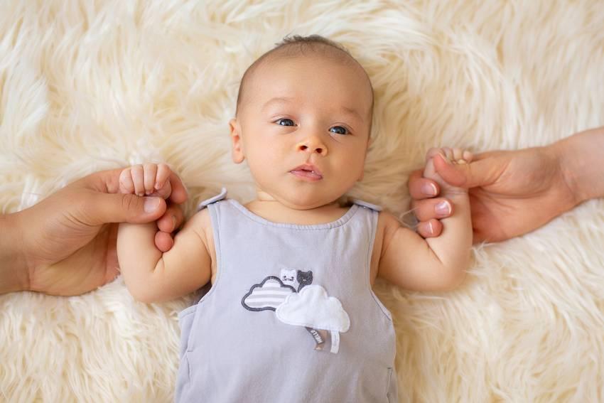 photographe nancy naissance fond blanc